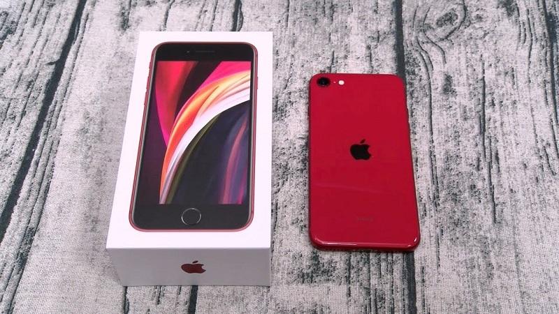 Chuyện thật mà như đùa: Đặt mua táo trực tuyến, nhận về một chiếc iPhone SE, quả là may mắn phải không nào?