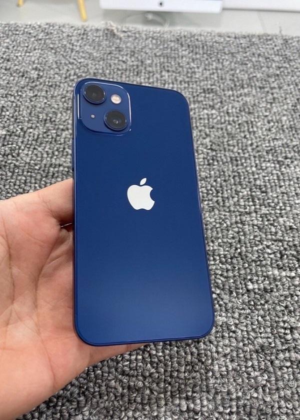 Hình ảnh thực tế được rò rỉ của iPhone 13 mini