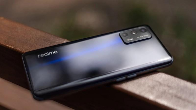 Realme chuẩn bị ra mắt smartphone mới dùng chip Snapdragon 888, màn hình AMOLED, hỗ trợ sạc nhanh 65W