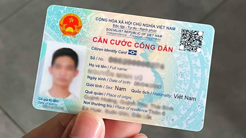 Meo-can-biet-khi-di-lam-Can-cuoc-cong-dan-CCCD