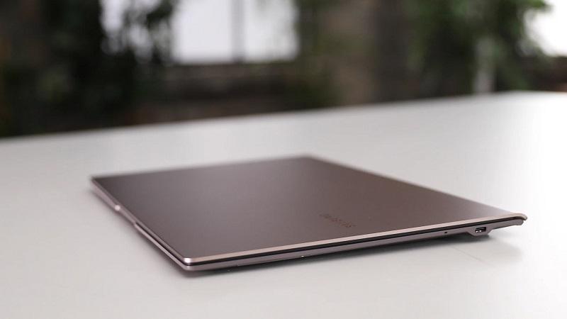 Rò rỉ thông số kỹ thuật kèm giá bán của Galaxy Book Go: Siêu nhẹ, pin 18 tiếng, hỗ trợ cả LTE, giá chỉ từ 8 triệu đồng