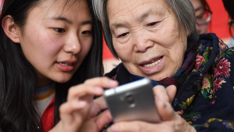 8 - 10 triệu mua smartphone cho bố mẹ