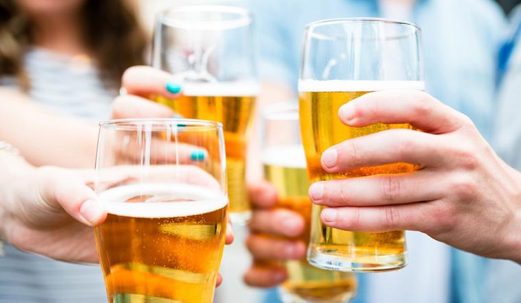'Uống ly bia cho mát' nhưng phải lưu ý 5 điều này để không gây hại cho sức khỏe