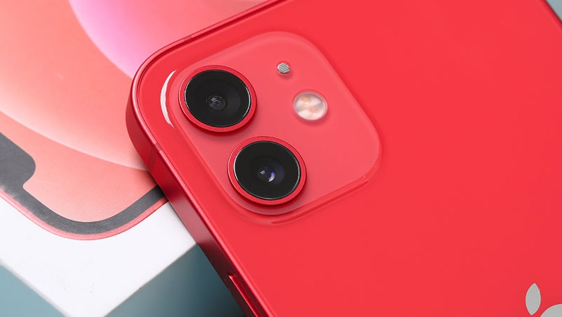 iPhone 12 giảm 3.6 triệu, cực kỳ đáng mua, các iFan còn chần chờ gì