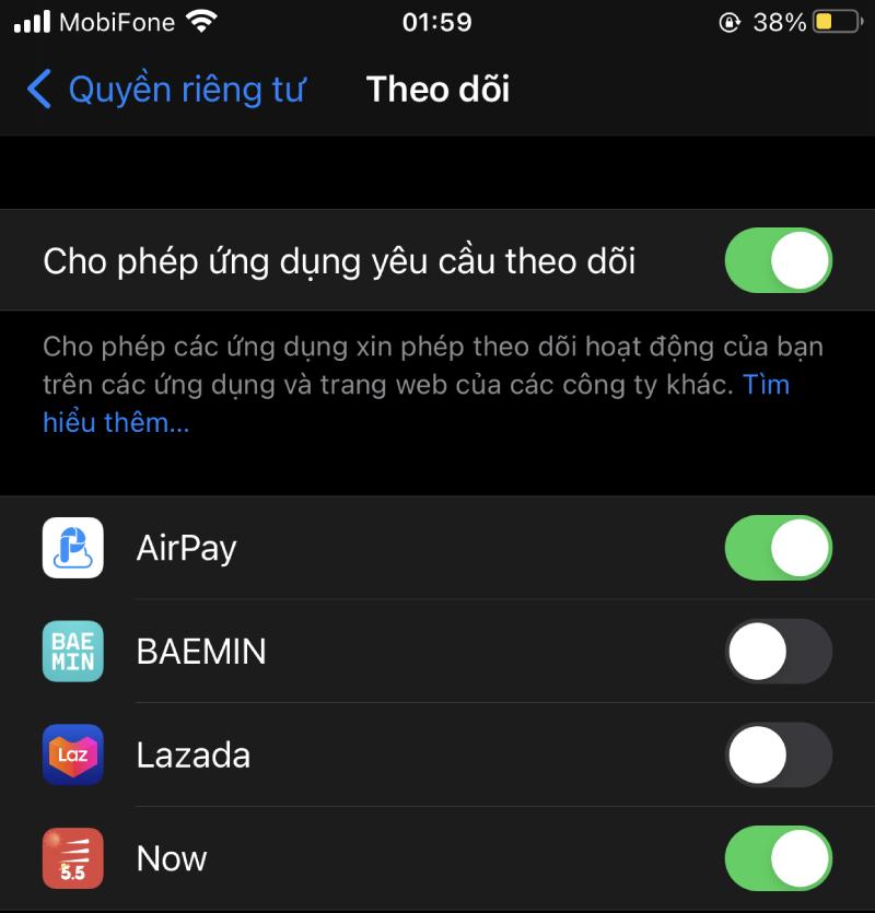 Người dùng được phép quyết định ứng dụng nào có thể theo dõi mình.