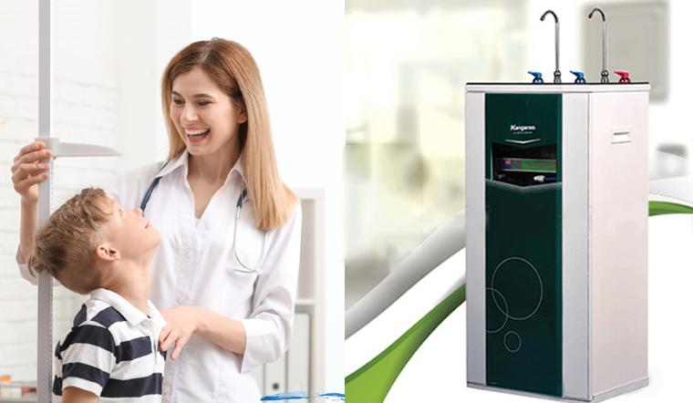 Bà bầu và trẻ nhỏ sử dụng nước từ máy lọc nước có an toàn?