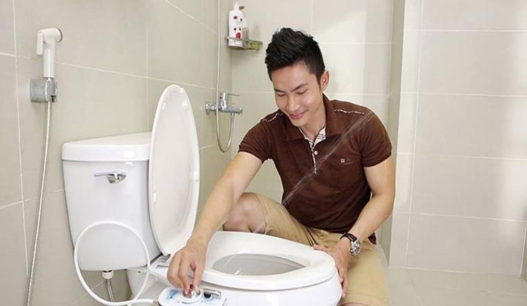 7 lý do bạn nên sử dụng vòi xịt vệ sinh thông minh