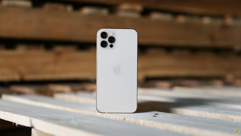 iPhone 12 Pro có thể được xem là một trong những mẫu smartphone có hiệu năng khủng nhất ở thời điểm hiện tại.