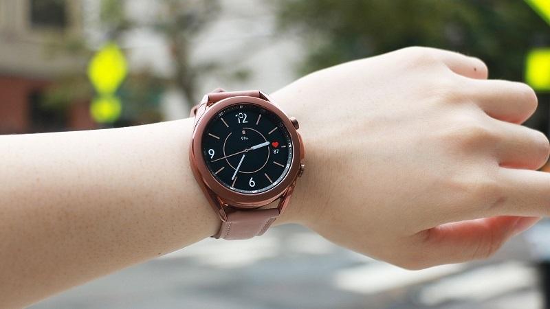 Đâu là món quà ý nghĩa cho Mẹ? Loạt đồng hồ thông minh Galaxy Watch 3 đang giảm sâu tiền triệu, mua làm quà là bao xịn