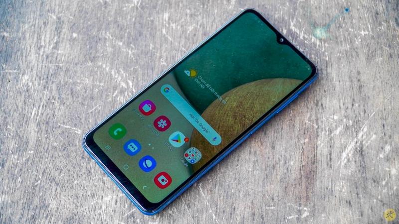 Galaxy A12 bắt đầu được cập nhật Android 11