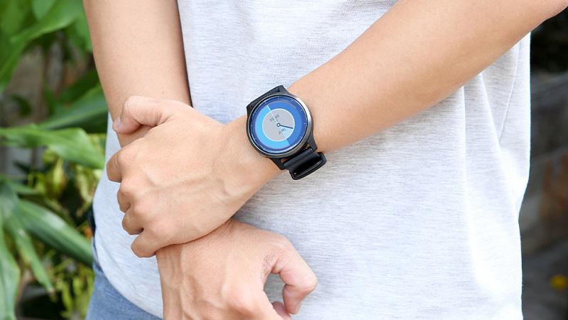 Đồng hồ thông minh Garmin Vivoactive 4 dây silicone