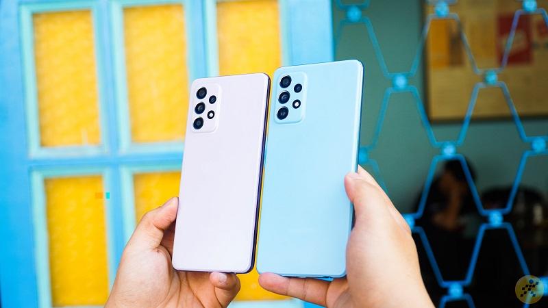 Galaxy A52 & Galaxy A72