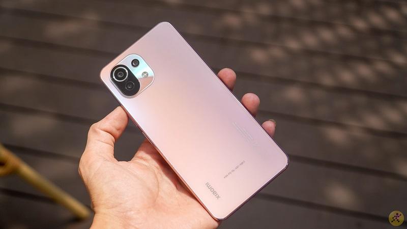 Top smartphone tầm trung với những nâng cấp đáng giá