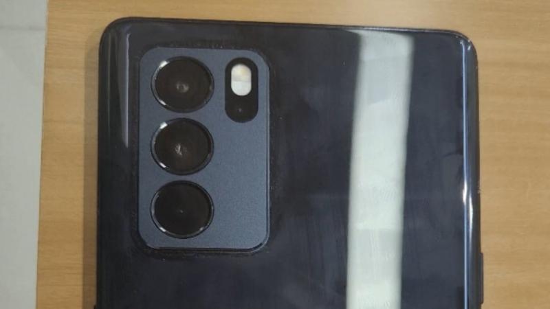 OPPO Reno6 Pro 5G lộ ảnh thực tế