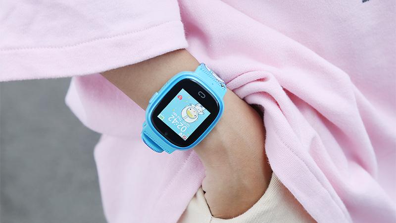 Quà tặng hữu ích: Đồng hồ định vị Kidcare 08S đổi trả hạ giá siêu hời
