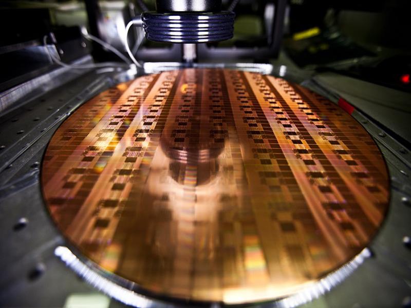 Tốc độ xung nhịp CPU là một phép đo hiệu năng ấn tượng nhưng không phải là yếu tố duy nhất quyết định PC có đủ nhanh hay không
