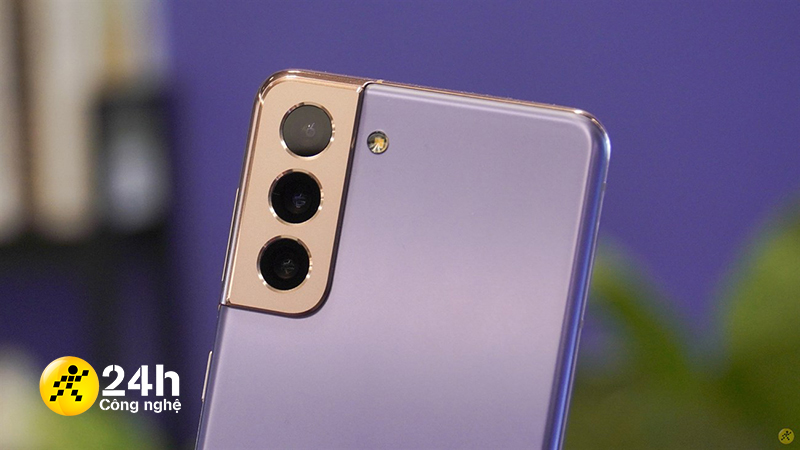 Cụm 3 camera sau trên Samsung Galaxy S21 5G.