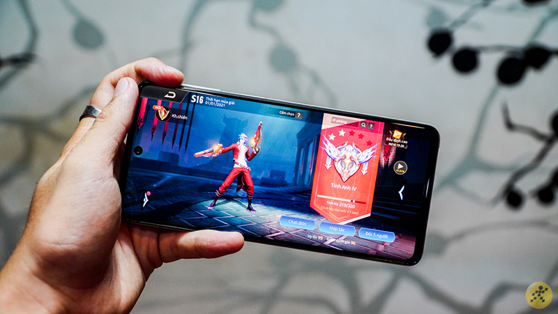 Tìm smartphone chơi game mùa dịch? Tham khảo ngay top 5 smartphone chơi được Liên Quân 60 FPS, bật đồ họa cao chiến ầm ầm