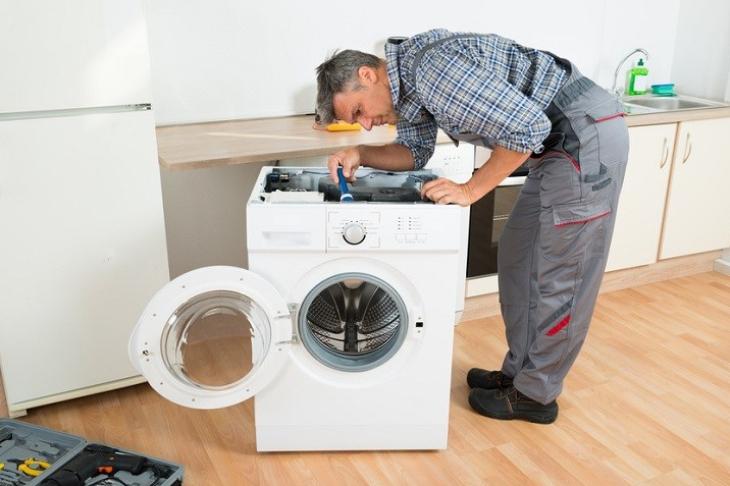 Khắc phục máy giặt Electrolux báo lỗi LỌC do main điều khiển
