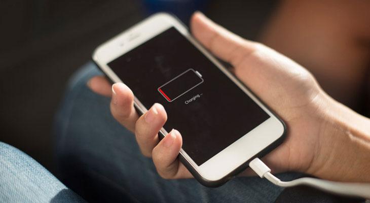 Không nên để điện thoại bị sập nguồn
