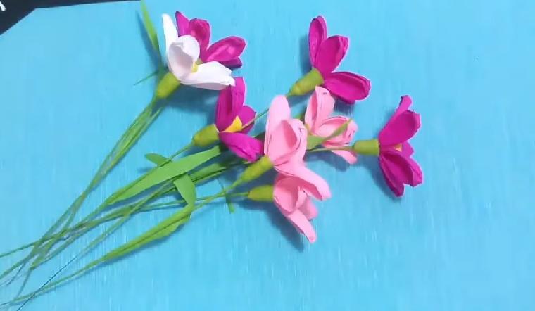 Cách làm hoa lưu ly bằng giấy nhún