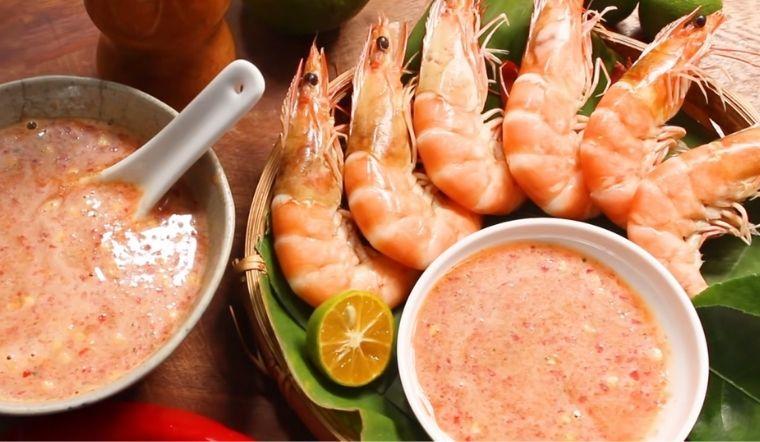 Làm nước chấm muối sữa ớt đỏ 'chấp hết' đủ loại từ món thịt đến hải sản đều ngon