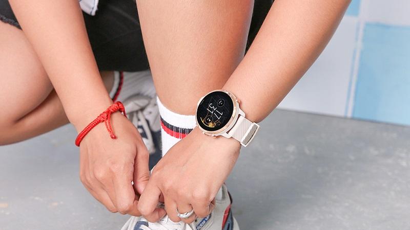 Đồng hồ thông minh Suunto 7