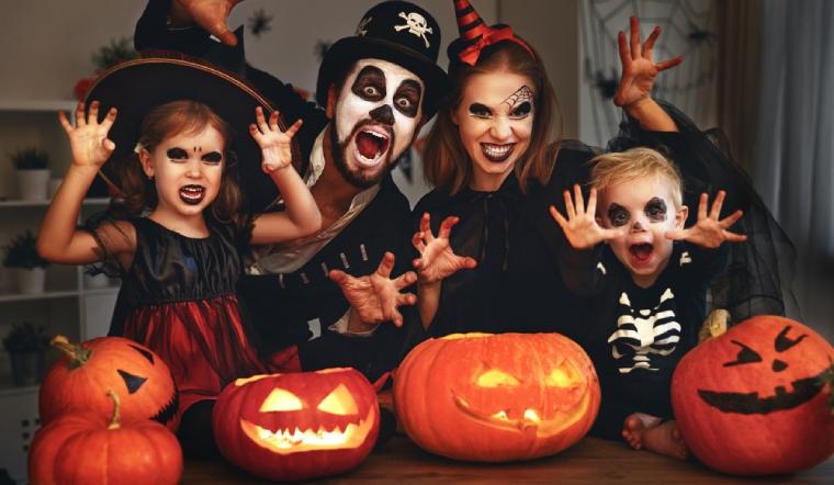 Tổng hợp 8 kiểu trang điểm halloween đơn giản và kinh dị nhất
