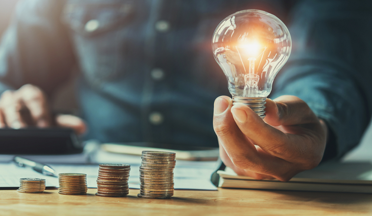Gợi ý cách chi tiêu tiết kiệm cho nhân viên văn phòng có thu nhập thấp