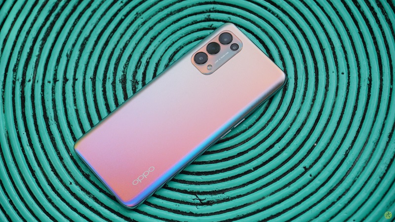 OPPO Reno5 liên tiếp nằm trong TOP smartphone bán 2 quý đầu năm 2021