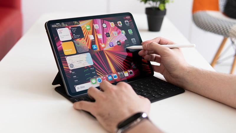 Mở bán iPad Pro M1 2021
