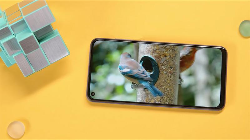 5 smartphone dưới 5 triệu có màn hình trên 6 inch, ROM 128GB giảm sốc