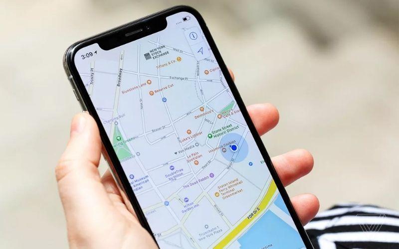Để có thể xem Dòng thời gian, điện thoại bạn phải có Google Maps phiên bản 9.12 trở lên