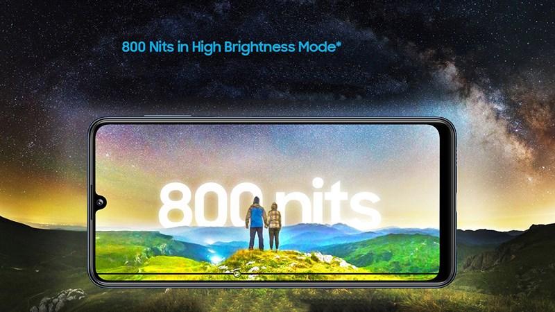 Samsung Galaxy M32 có màn hình sắc nét và độ sáng cao 800 nits
