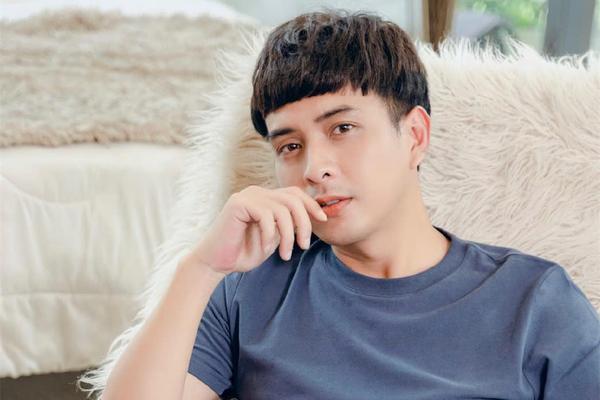 Hồ Quang Hiếu và top 15 bài hát hay nhất làm nên tên tuổi