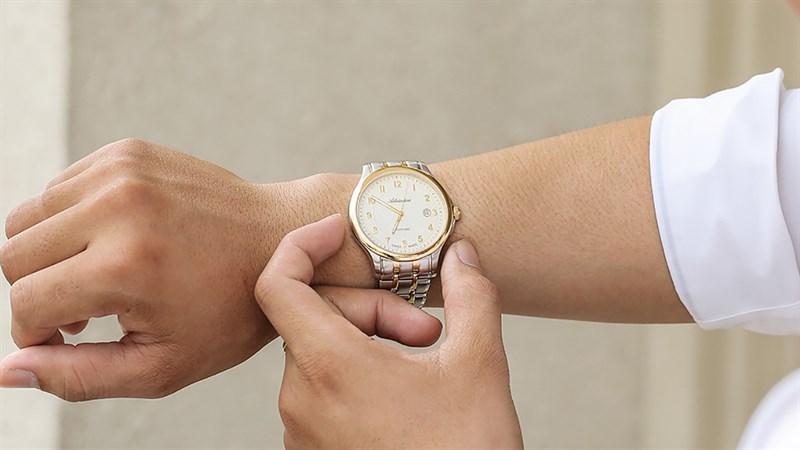 Đồng hồ thời trang Adriatica đang giảm giá cực nhiệt, hấp dẫn thế này phải chốt ngay một đơn kẻo hết