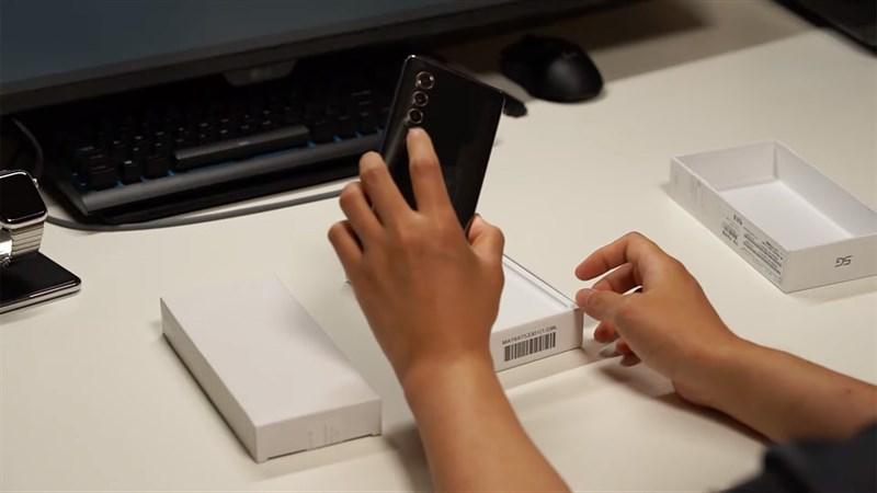 Rò rỉ video mở hộp LG Velvet 2 Pro