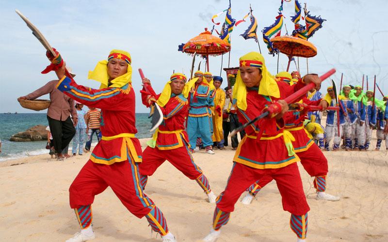 Lễ hội đầm Ô Loan