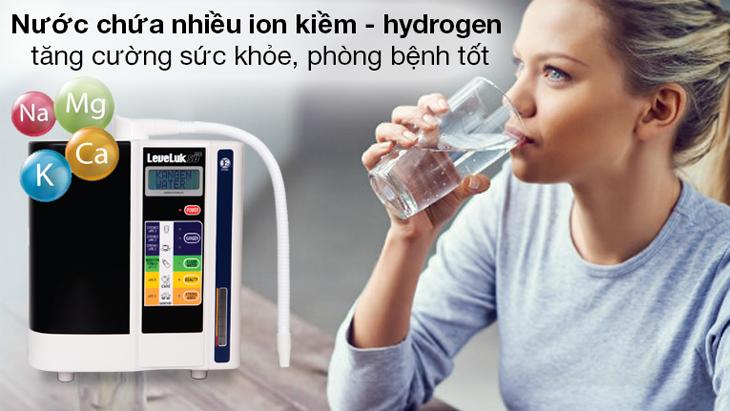 Máy lọc nước ion kiềm tạo ra nước chứa nhiều khoáng chất