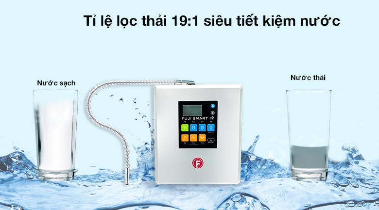 Máy lọc Fuji tiết kiệm nước với tỷ lệ lọc thải 19:1
