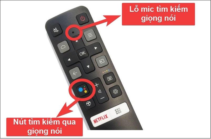 Nhấn giữ nút tìm kiếm giọng nói và đặt lỗ thu âm sát nguồn phát ra tiếng