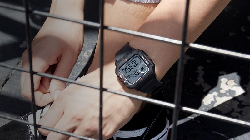 Đồng hồ thông minh Amazfit Neo