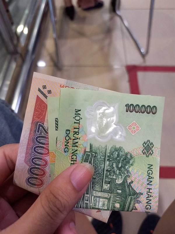 Tiền đi chợ