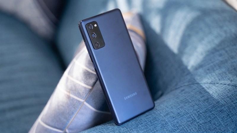 Samsung Galaxy S20 FE giảm sốc
