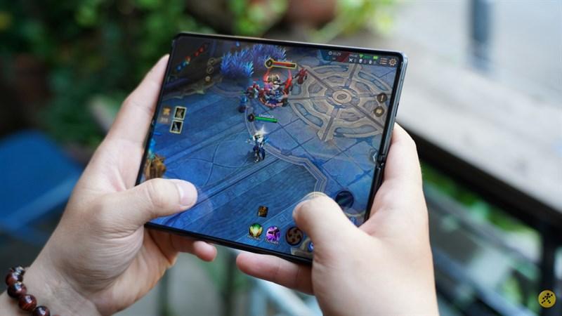Leaker uy tín xác nhận Galaxy Z Fold 3 có khả năng tản nhiệt tốt hơn Galaxy S21 Ultra 5G, chơi game phà phà không lo bị nóng