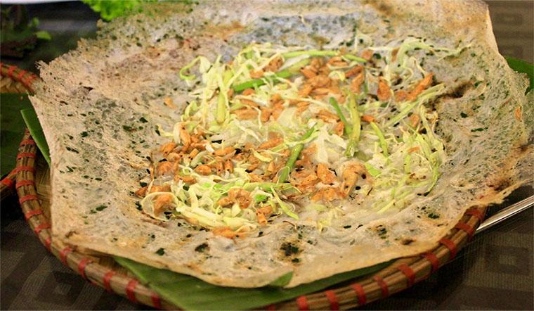 Cách làm bánh khoái tép Thanh Hóa