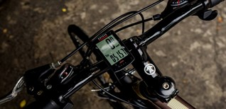 Hướng dẫn cách lắp đồng hồ đo tốc độ xe đạp không dây đơn giản, dễ thực hiện