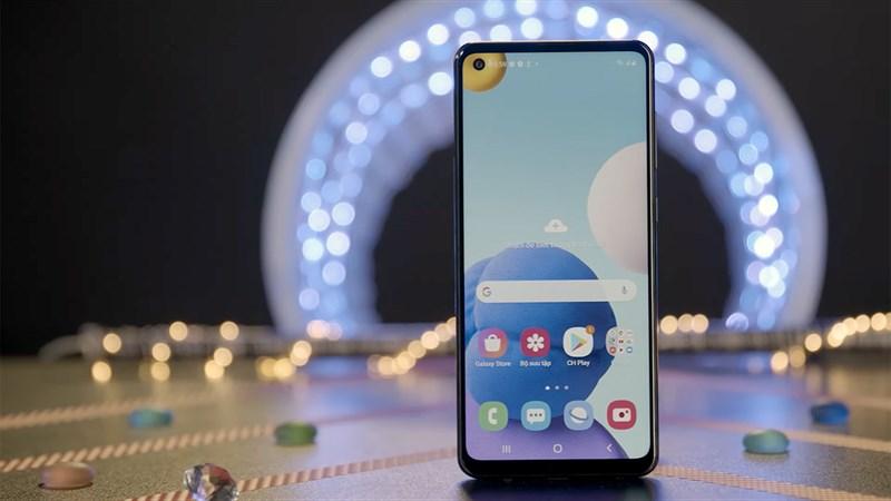 3 smartphone Samsung độc quyền Thế Giới Di Động đang giảm giá hấp dẫn