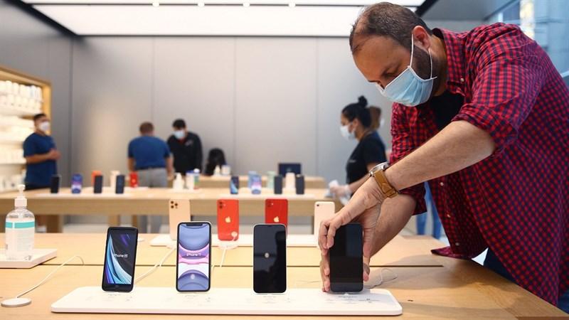 Mặc Covid, Apple vẫn ăn nên làm ra với doanh thu iPhone tăng kỷ lục, tới 50% so với năm trước