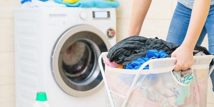 Khi giặt quần áo